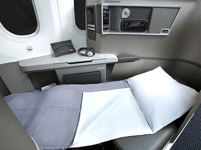 american airlines 787 business class 2