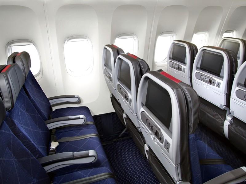 american airlines boeing777 300 American Airlines Boeing