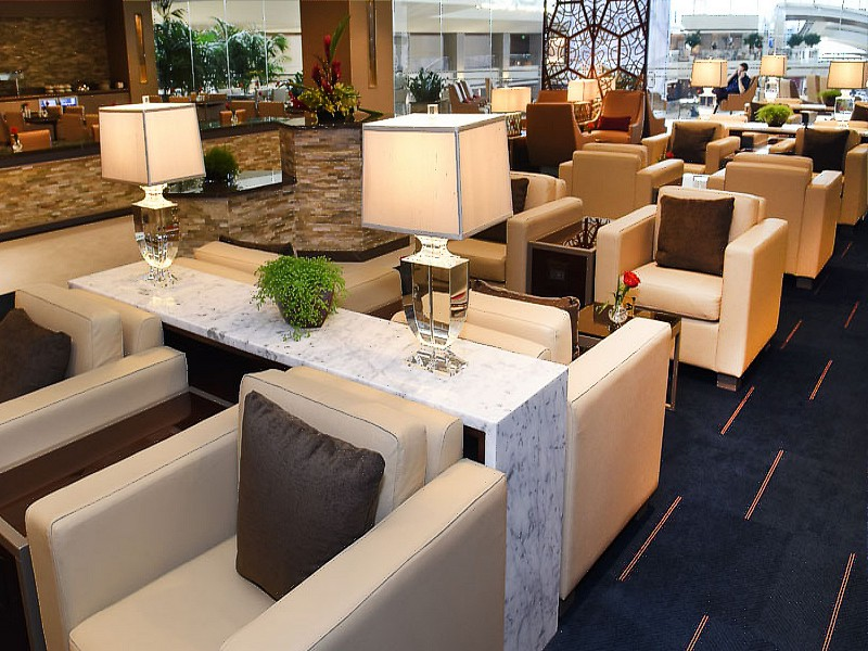 Emirates Los Angeles Lounge LAX