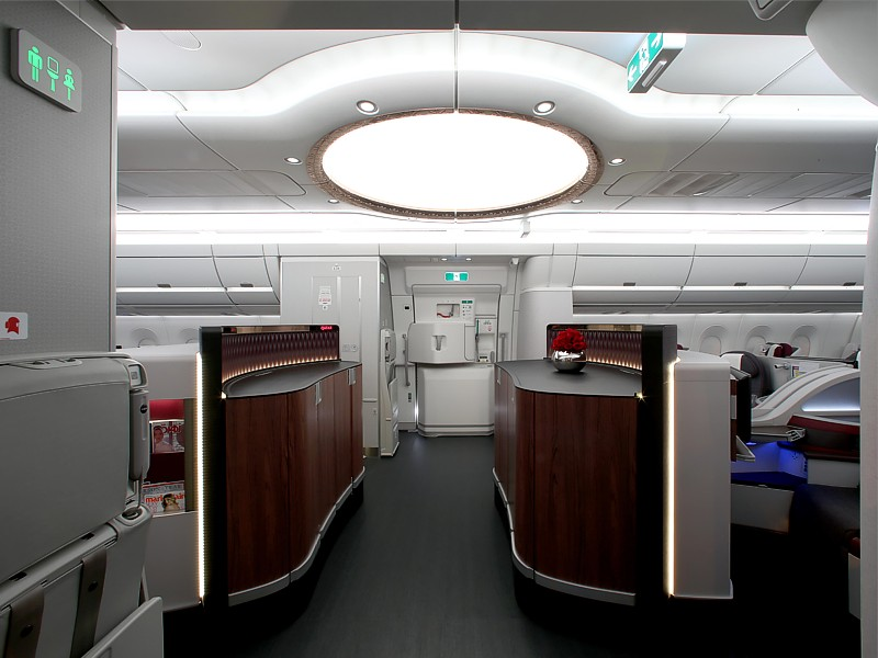 qatar a350 business economy cabin Qatar Airways inflight