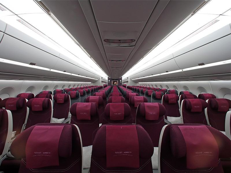 qatar a350 business economy cabin Qatar Airways A350