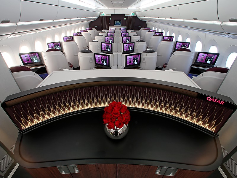 qatar a350 business economy cabin The front of