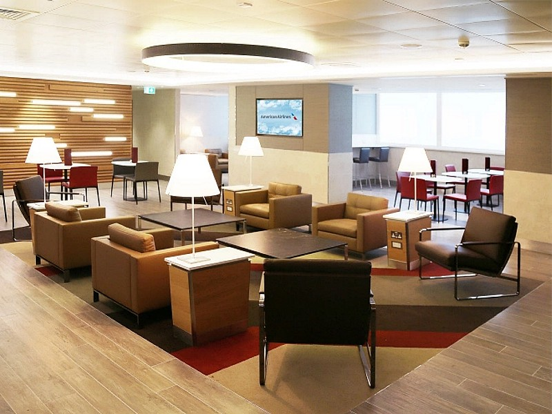 american airlines arrivals lounge heathrow 2