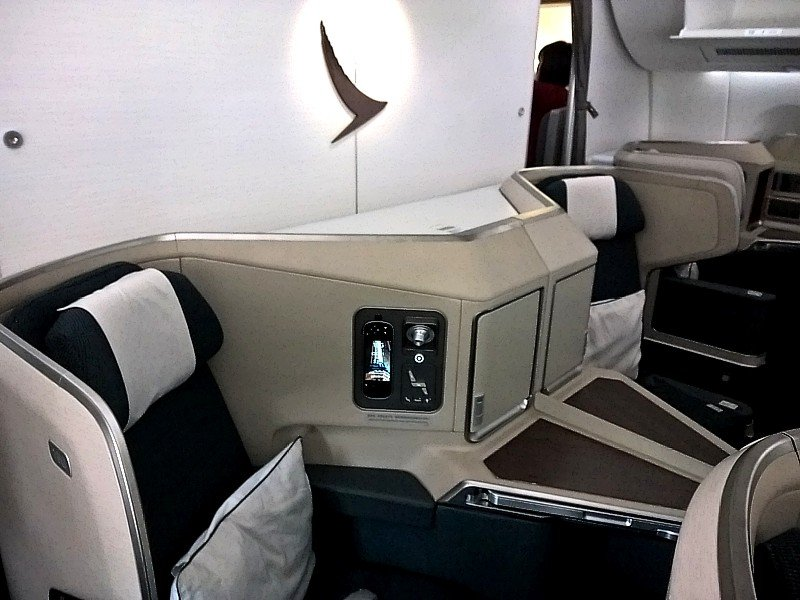 cathay pacific new business class interior classes cathay pacific a350 business class Cathay Pacific A350
