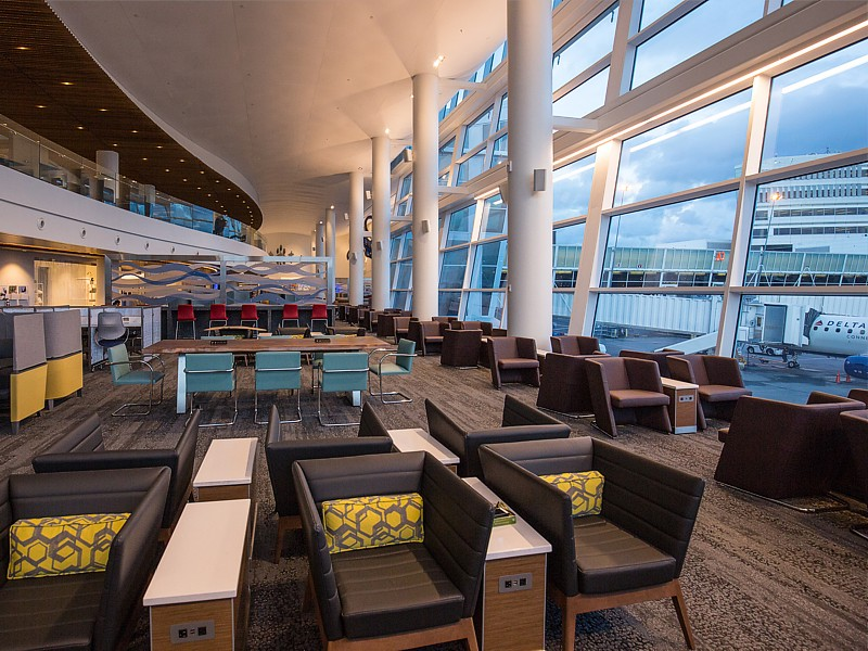 delta skyclub seattle atlanta 5