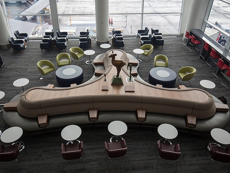 delta skyclub seattle atlanta
