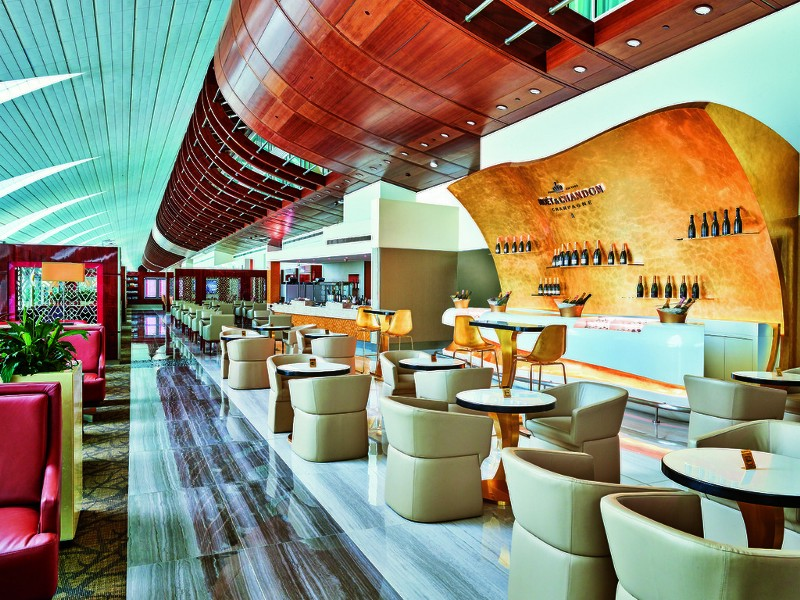 emirates lounge dubai 4
