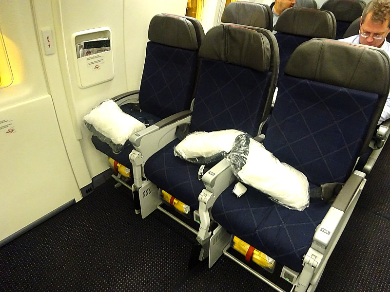 tripreport americanairlines LAX SYD economy American Airlines Boeing