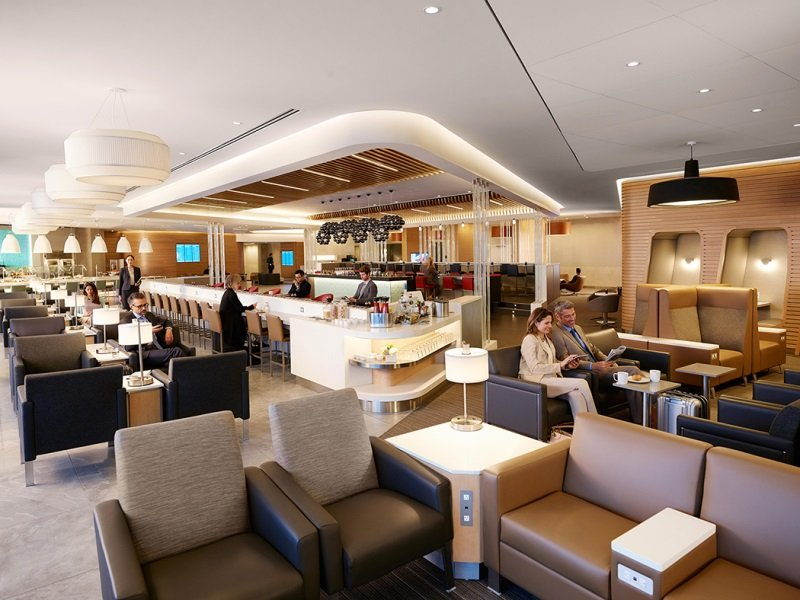 american JFK flagship lounge