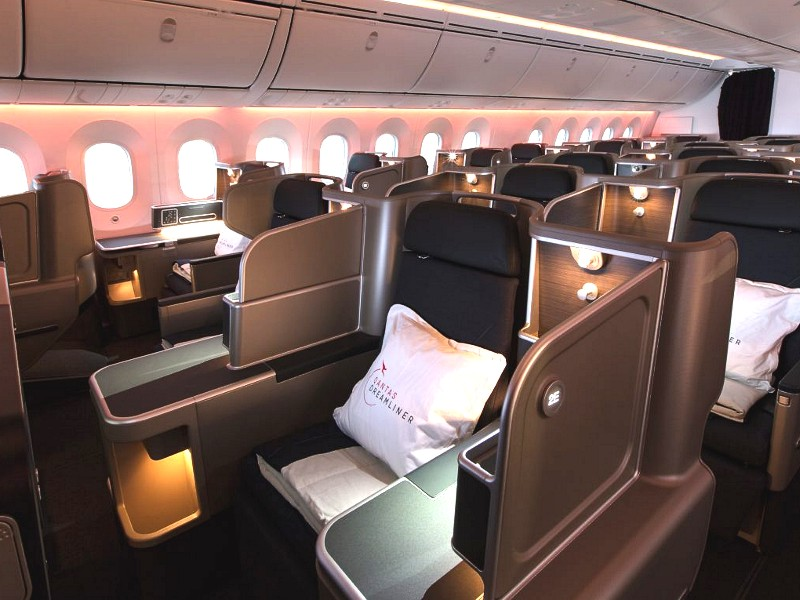 qantas 787 seat cabin