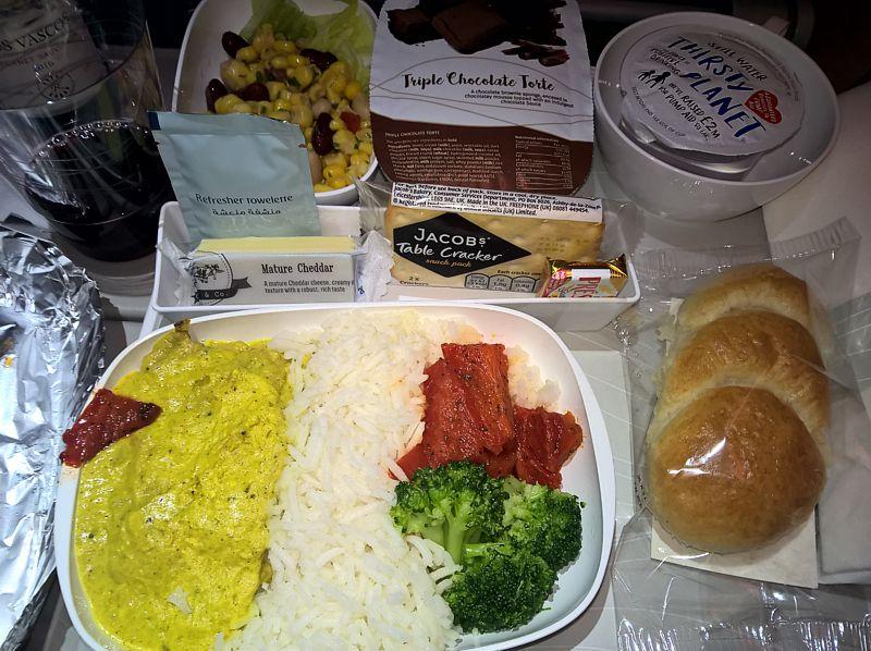 Emirates Airline inflight meal Economy Class LHR-DXB Dec 2017