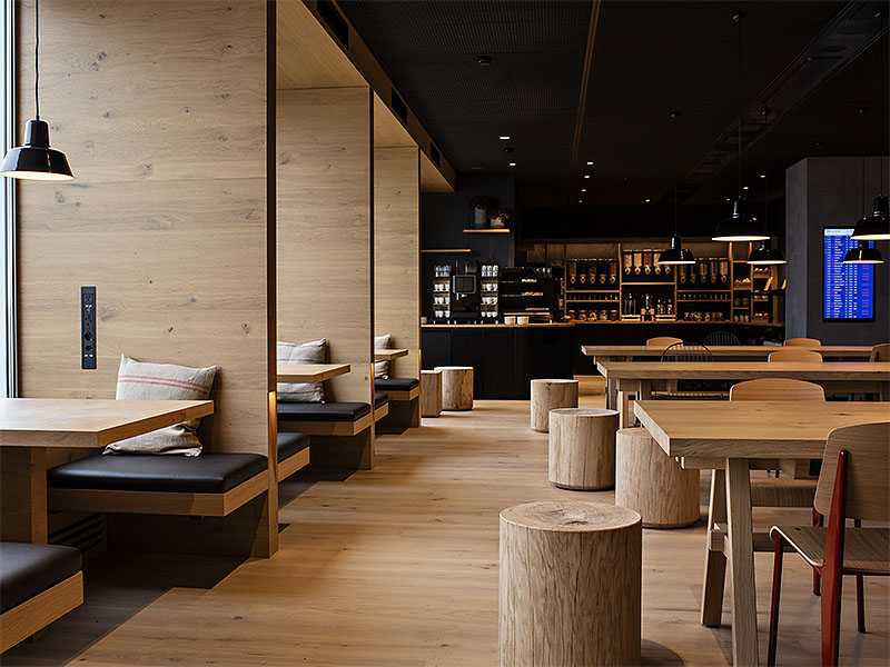 New Swiss Zurich Lounge Has Ski Lodge Style Lux Traveller